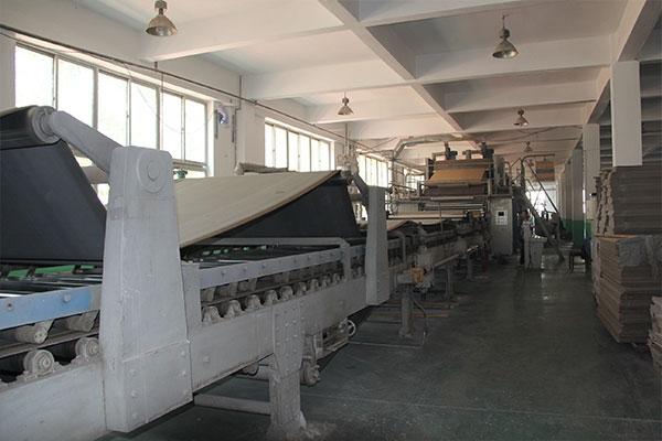五层纸板生产线
